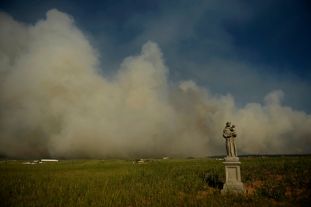 Description of . COLORADO SPRINGS, CO. - June 12: The Black Forest Fire moving towards Walker Road. Colorado Springs, Colorado. June 12, 2013 Denver, Colorado Springs. (Photo By Joe Amon/The Denver Post)