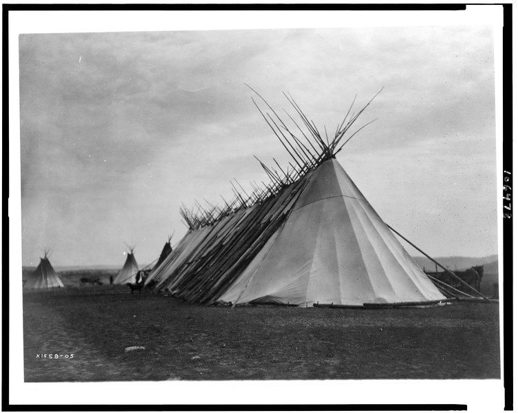 Description of  Title: [Joseph Dead Feast Lodge--Nez Percé].  <br />Date Created/Published: c1905.  <br />Photograph by Edward S. Curtis, Curtis (Edward S.) Collection, Library of Congress Prints and Photographs Division Washington, D.C.