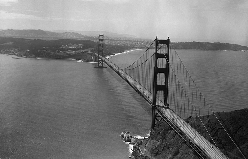 Description of  Golden Gate bridge March 31, 1960, in San Francisco. (AP Photo)