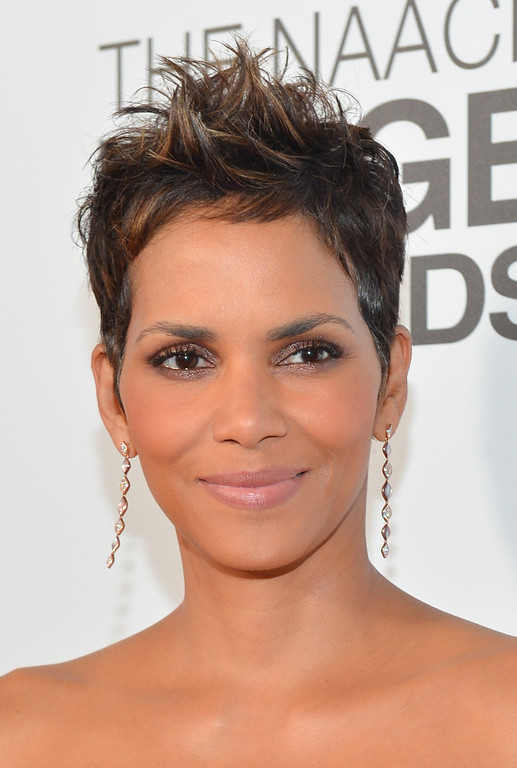 Description of . LOS ANGELES, CA - FEBRUARY 01:  Actress Halle Berry attends the 44th NAACP Image Awards at The Shrine Auditorium on February 1, 2013 in Los Angeles, California.  (Photo by Alberto E. Rodriguez/Getty Images for NAACP Image Awards)