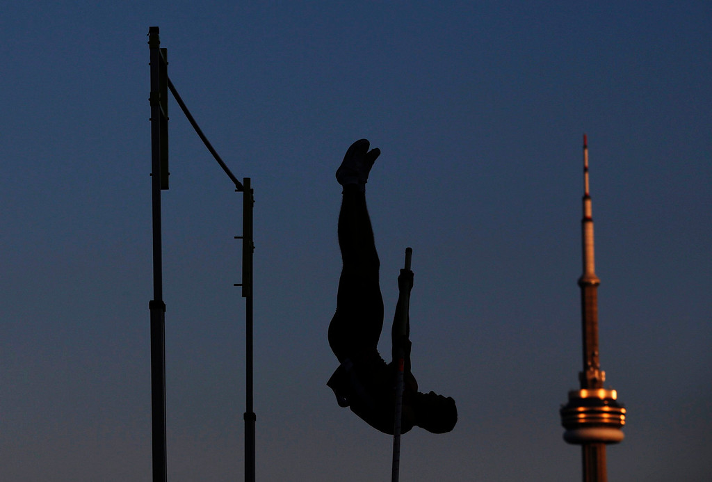 Description of . Dave McKay of Canada competes in the pole vault at the Toronto International Track & Field Games in Toronto, July 11, 2012. REUTERS/Mark Blinch