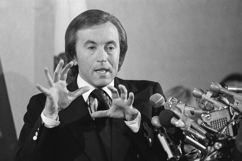 Description of . In this May 5, 1977 file photo, David Frost speaks at a news conference about the telecast of the Nixon-Frost interview in Beverly Hills, Calif. Frost, a veteran broadcaster who won fame around the world for his interview with former President Richard Nixon, died Aug. 31, 2013. He was 74. (AP Photo)