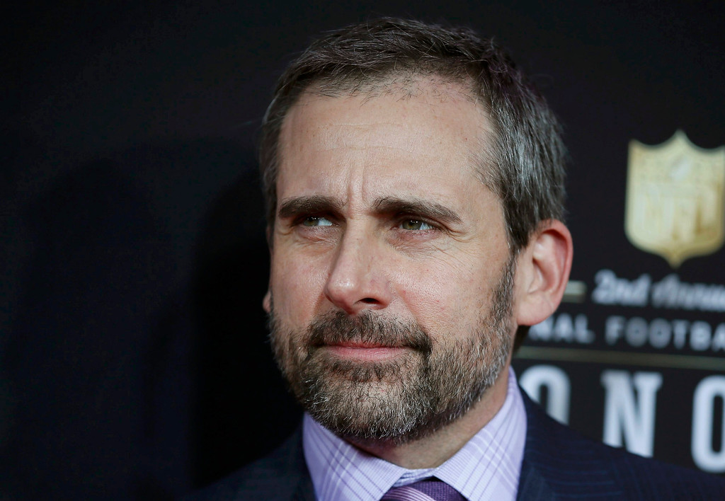 Description of . Actor Steve Carell arrives at the 2nd Annual NFL Honors in New Orleans, Louisiana, February 2, 2013. The San Francisco 49ers will meet the Baltimore Ravens in the NFL Super Bowl XLVII football game February 3.   REUTERS/Lucy Nicholson