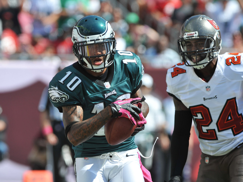 Description of . Wide receiver DeSean Jackson #10 of the Philadelphia Eagles grabs a 2nd quarter touchdown pass against the Tampa Bay Buccaneers October 13, 2013 at Raymond James Stadium in Tampa, Florida. (Photo by Al Messerschmidt/Getty Images)