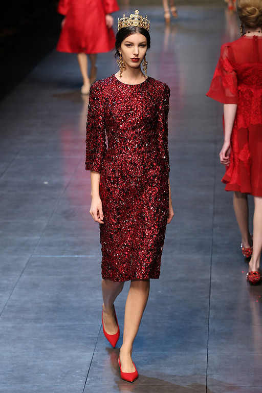 Description of . A model walks the runway at the Dolce & Gabbana fashion show as part of Milan Fashion Week Womenswear Fall/Winter 2013/14 on February 24, 2014 in Milan, Italy.  (Photo by Vittorio Zunino Celotto/Getty Images)