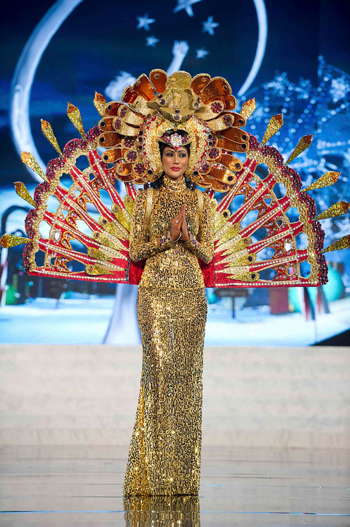 Description of . Miss Sri Lanka Sabrina Herft performs onstage at the 2012 Miss Universe National Costume Show at PH Live in Las Vegas, Nevada December 14, 2012. The 89 Miss Universe Contestants will compete for the Diamond Nexus Crown on December 19, 2012. REUTERS/Darren Decker/Miss Universe Organization/Handout