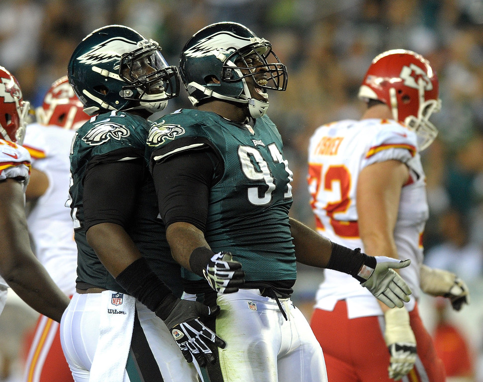 Description of . Philadelphia Eagles defensive end Fletcher Cox (91) celebrates after a sack of Kansas City Chiefs quarterback Alex Smith during an NFL football game Thursday, Sept. 19, 2013, in Philadelphia. (AP Photo/The Express-Times, Matt Smith)