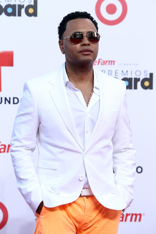 Description of . Singer Toby Love arrives at the Latin Billboard Awards in Coral Gables, Fla. Thursday, April 25, 2013. (Photo by Carlo Allegri/Invision/AP)