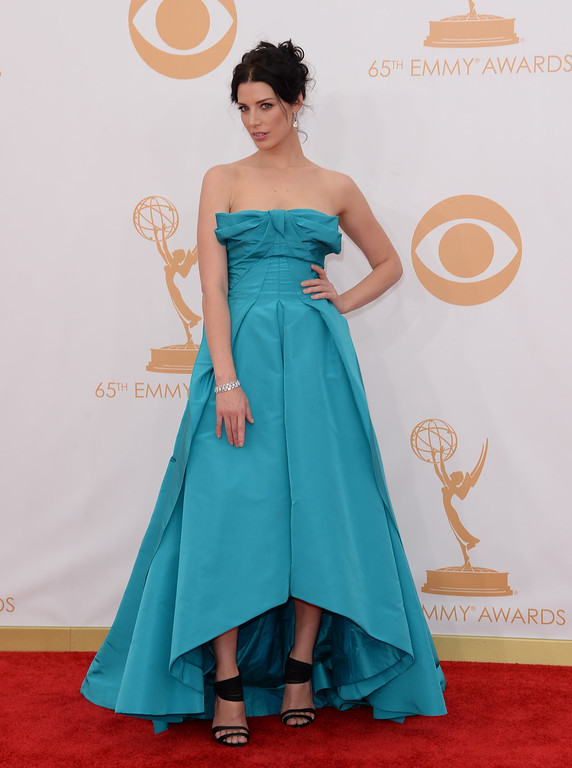 Description of . Actress Jessica Pare arrives at the 65th Annual Primetime Emmy Awards held at Nokia Theatre L.A. Live on September 22, 2013 in Los Angeles, California.  (Photo by Jason Merritt/Getty Images)