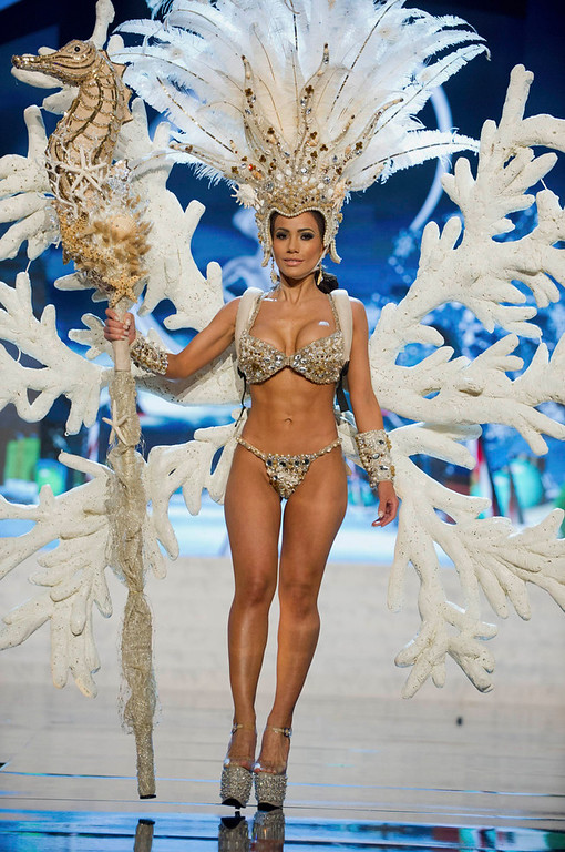Description of . Miss Honduras Jennifer Andrade performs onstage at the 2012 Miss Universe National Costume Show at PH Live in Las Vegas, Nevada December 14, 2012. The 89 Miss Universe contestants will compete for the Diamond Nexus Crown on December 19, 2012. REUTERS/Darren Decker/Miss Universe Organization L.P./Handout