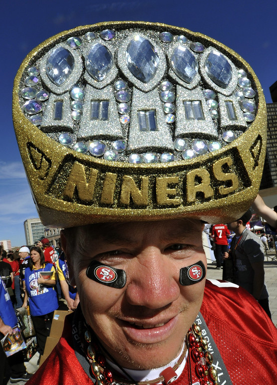 Description of . A San Francisco 49ers fan poses before the start of Super Bowl XLVII between the San Francisco 49ers and the Baltimore Ravens on February 3, 2013 at the Mercedes-Benz Superdome in New Orleans.     TIMOTHY A. CLARY/AFP/Getty Images