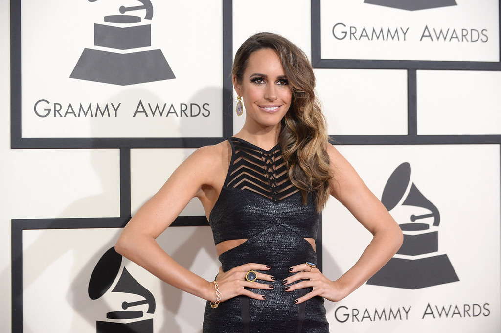 Description of . Louise Roe arrives at the 56th annual GRAMMY Awards at Staples Center on Sunday, Jan. 26, 2014, in Los Angeles. (Photo by Jordan Strauss/Invision/AP)