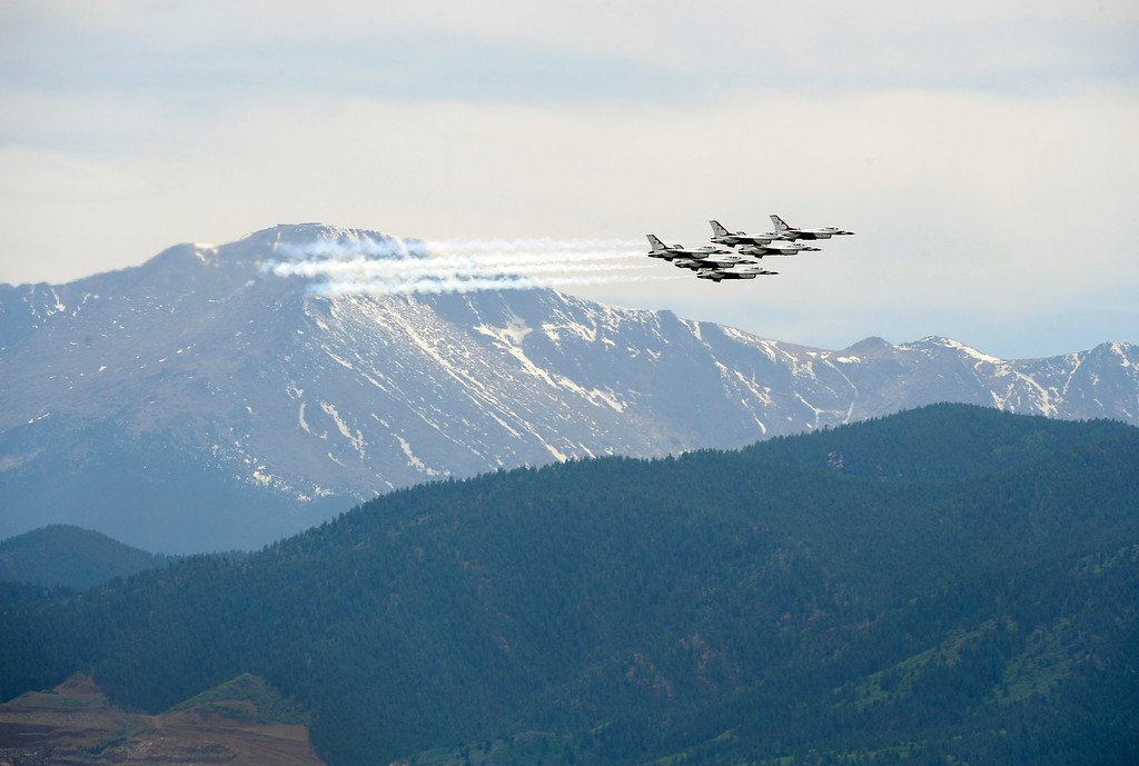 Description of . The United States Air Force Thunderbirds fly past Pikes Peak during practice maneuvers in preparation for the 2012 United States Air Force Academy graduation featuring a commencement address from President Barack Obama. Andy Cross, The Denver Post