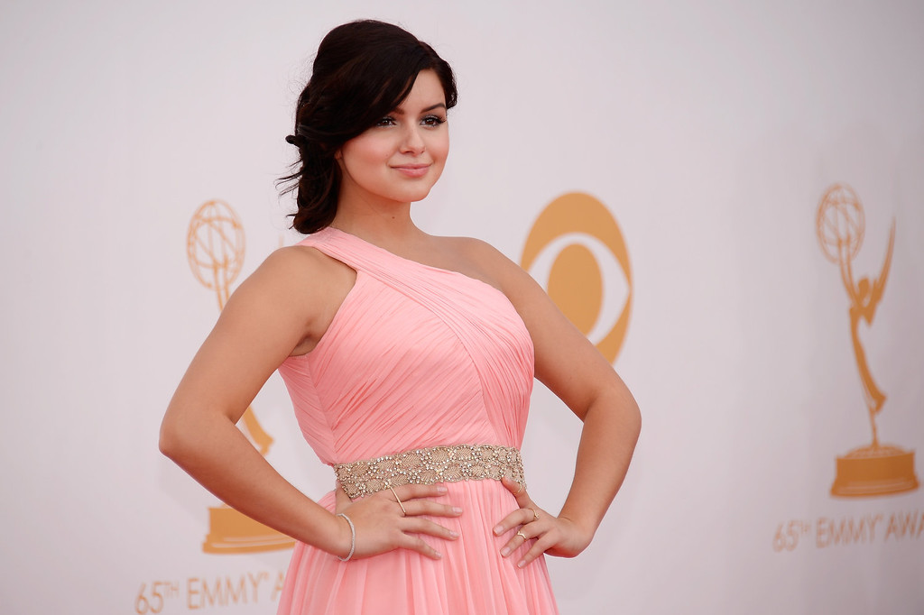 Description of . Actress Ariel Winter arrives at the 65th Annual Primetime Emmy Awards held at Nokia Theatre L.A. Live on September 22, 2013 in Los Angeles, California.  (Photo by Kevork Djansezian/Getty Images)