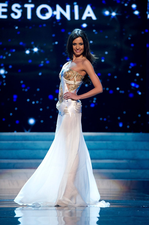 Description of . Miss Estonia 2012 Natalie Korneitsik competes in an evening gown of her choice during the Evening Gown Competition of the 2012 Miss Universe Presentation Show in Las Vegas, Nevada, December 13, 2012. The Miss Universe 2012 pageant will be held on December 19 at the Planet Hollywood Resort and Casino in Las Vegas. REUTERS/Darren Decker/Miss Universe Organization L.P/Handout