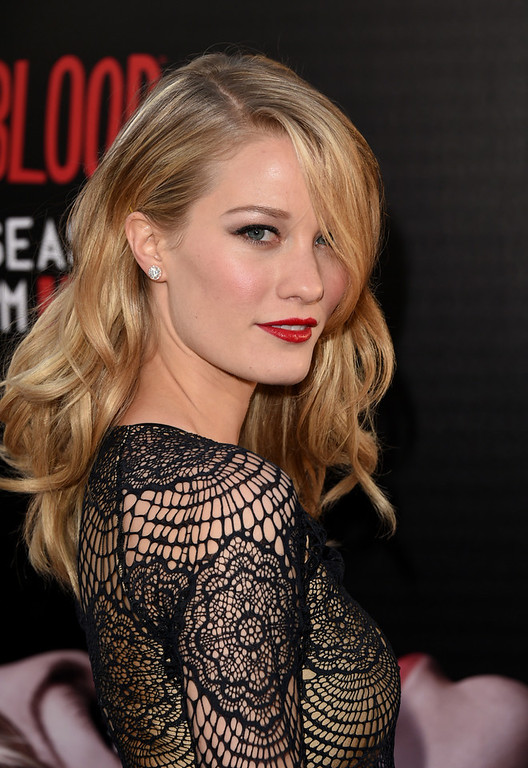 Description of . Actress Ashley Hinshaw attends the premiere of HBO's