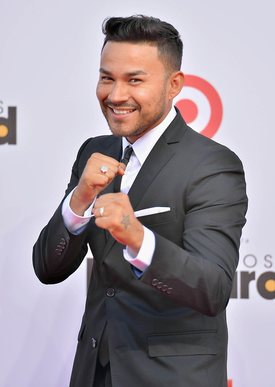 Description of . MIAMI, FL - APRIL 25:  Frankie J arrives at Billboard Latin Music Awards 2013 at Bank United Center on April 25, 2013 in Miami, Florida.  (Photo by Gustavo Caballero/Getty Images)