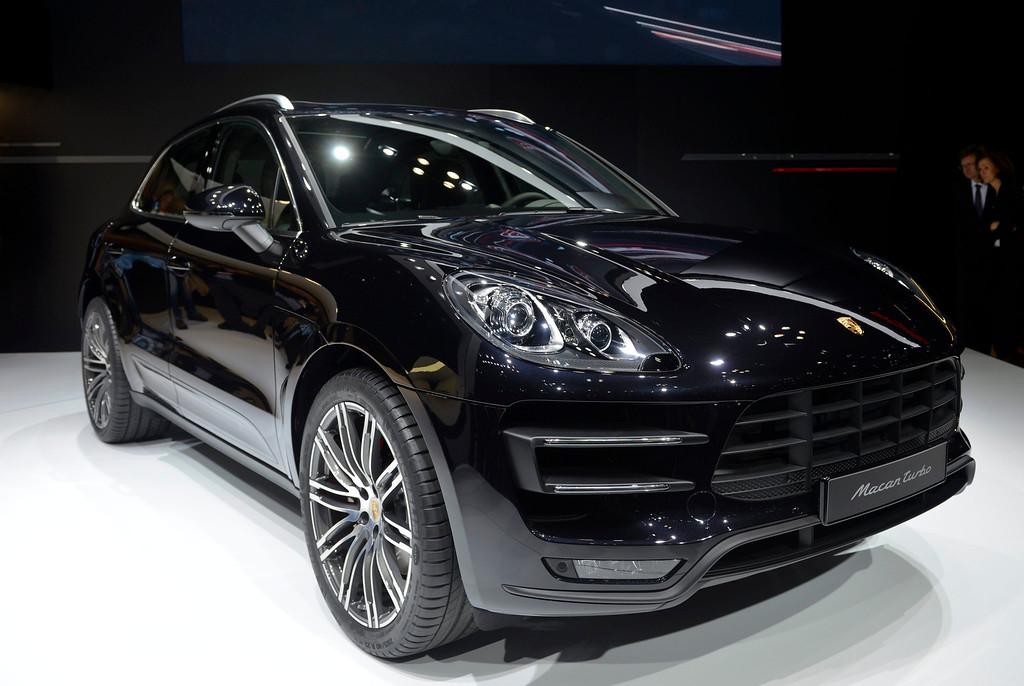 Description of . The Porsche Macan Turbo is presented at the 43rd Tokyo Motor Show 2013 in Tokyo, Japan, 20 November 2013.  EPA/FRANCK ROBICHON