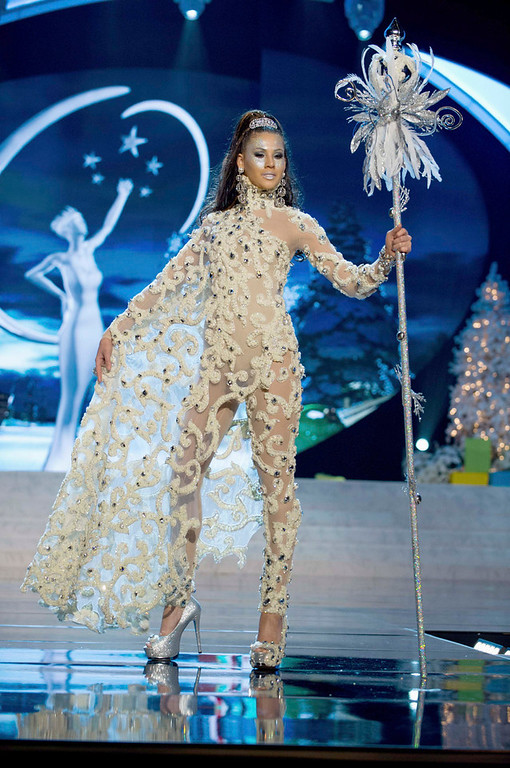 Description of . Miss Aruba Liza Helder performs onstage at the 2012 Miss Universe National Costume Show at PH Live in Las Vegas, Nevada December 14, 2012. The 89 Miss Universe contestants will compete for the Diamond Nexus Crown on December 19, 2012.  REUTERS/Darren Decker/Miss Universe Organization L.P./Handout