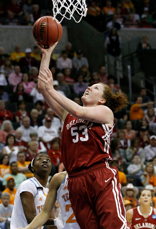 Description of . Oklahoma forward Joanna McFarland (53) shoots against Tennessee during a regional semifinal game in the women's NCAA college basketball tournament in Oklahoma City, Sunday, March 31, 2013.  (AP Photo/Alonzo Adams)