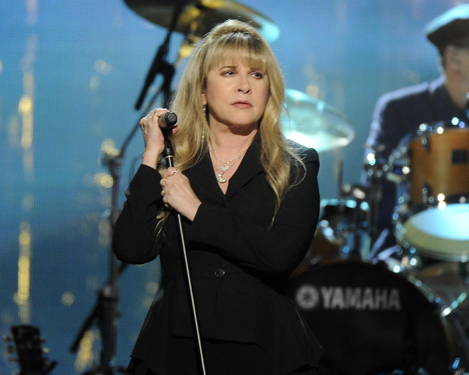 Description of . Stevie Nicks performs at the 2014 Rock and Roll Hall of Fame Induction Ceremony on Thursday, April, 10, 2014 in New York. (Photo by Charles Sykes/Invision/AP)