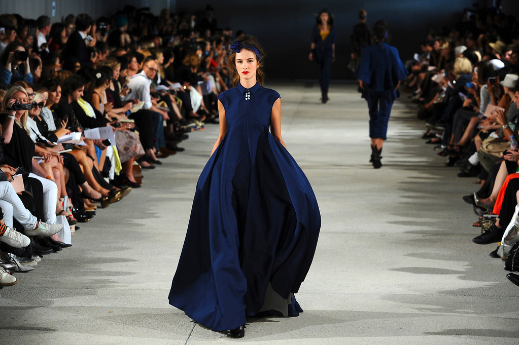 Description of . A model presents a creation as part of French fashion designer Alexis Mabille's ready-to-wear Spring/Summer 2014 fashion collection presented in Paris, Wednesday, Sept. 25, 2013. (AP Photo/Zacharie Scheurer)
