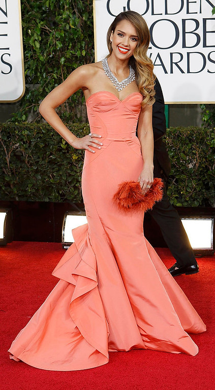 Description of . Actress Jessica Alba arrives at the 70th annual Golden Globe Awards in Beverly Hills, California, January 13, 2013.  REUTERS/Mario Anzuoni
