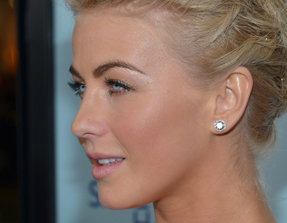 Description of . Actress Julianne Hough arrives at the premiere of Relativity Media's