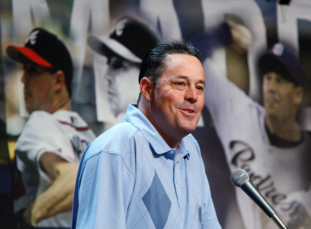 Description of . Four-time Cy Young Award winning pitcher Greg Maddux announces his retirement from Major League Baseball during a news conference at the league's Winter Meetings at the Bellagio December 8, 2008 in Las Vegas, Nevada.  (Photo by Ethan Miller/Getty Images)