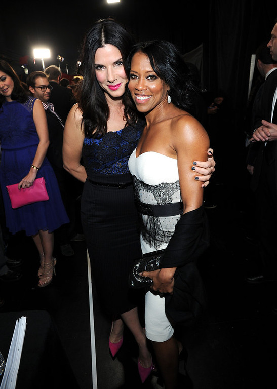 Description of . (L-R) Actors Sandra Bullock and Regina King attend the 39th Annual People's Choice Awards at Nokia Theatre L.A. Live on January 9, 2013 in Los Angeles, California.  (Photo by Michael Buckner/Getty Images for PCA)