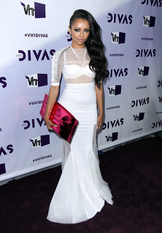Description of . Kat Graham arrives at VH1 Divas on Sunday, Dec. 16, 2012, at the Shrine Auditorium in Los Angeles. (Photo by Matt Sayles/Invision/AP)