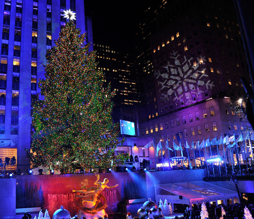 Description of . A general view of atmosphere at the 80th Annual Rockefeller Center Christmas Tree Lighting Ceremony on November 28, 2012 in New York City.  (Photo by Stephen Lovekin/Getty Images)