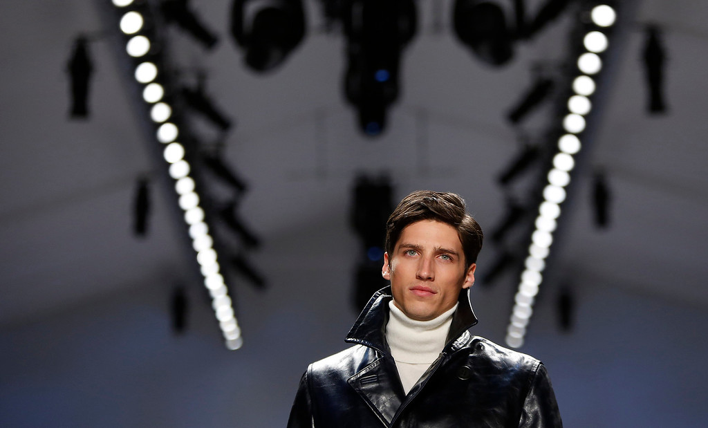 Description of . A model presents a creation of Nautica during the Fall 2013 show at New York Fashion Week in New York, February 8, 2013.  REUTERS/Carlo Allegri