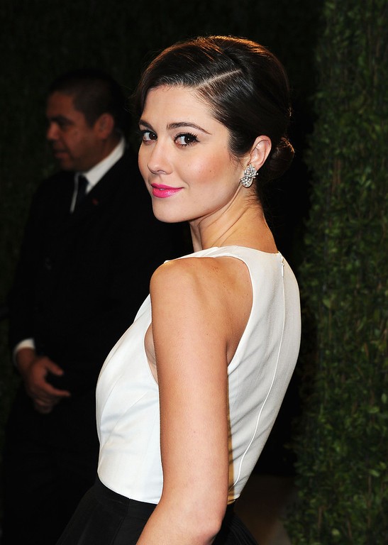 Description of . Actress Mary Elizabeth Winstead arrives at the 2013 Vanity Fair Oscar Party hosted by Graydon Carter at Sunset Tower on February 24, 2013 in West Hollywood, California.  (Photo by Pascal Le Segretain/Getty Images)