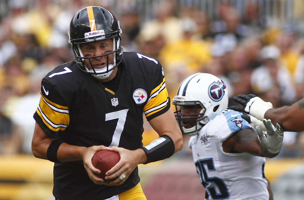 Description of . Ben Roethlisberger #7 of the Pittsburgh Steelers scrambles in the first half against the Tennessee Titans during the game on September 8, 2013 at Heinz Field in Pittsburgh, Pennsylvania. (Photo by Justin K. Aller/Getty Images)