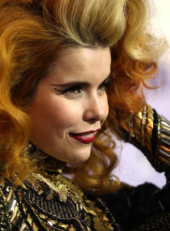 Description of . Paloma Faith arrives at VH1 Divas on Sunday, Dec. 16, 2012, at the Shrine Auditorium in Los Angeles. (Photo by Matt Sayles/Invision/AP)