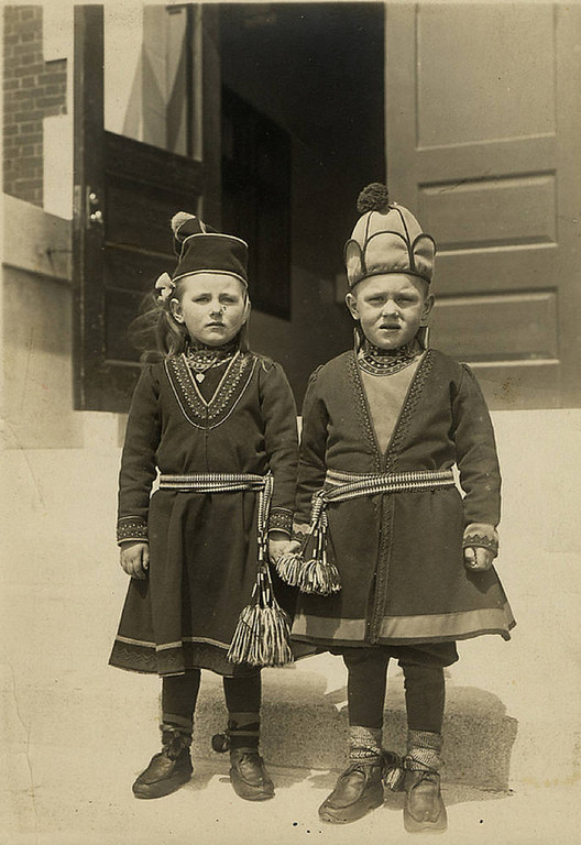 Description of . Swedish children in folk costumes. (NPS photo)