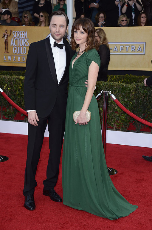 . Actors Vincent Kartheiser (L) and Alexis Bledel arrive at the 19th Annual Screen Actors Guild Awards held at The Shrine Auditorium on January 27, 2013 in Los Angeles, California.  (Photo by Frazer Harrison/Getty Images)