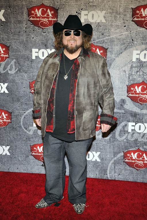 Description of . Singer Colt Ford arrives at the American Country Awards on Monday, Dec. 10, 2012, in Las Vegas. (Photo by Jeff Bottari/Invision/AP)
