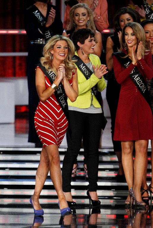 Description of . Mallory Hytes Hagan, Miss New York, reacts as she is named as a semi-finalist during the Miss America Pageant in Las Vegas January 12, 2013. Hagan was later named Miss America 2013. REUTERS/Steve Marcus