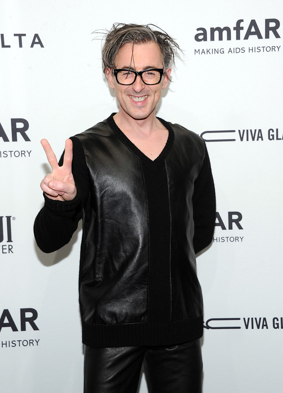 Description of . Actor Alan Cumming attends amfAR's New York gala at Cipriani Wall Street on Wednesday, Feb. 6, 2013 in New York. (Photo by Evan Agostini/Invision/AP)