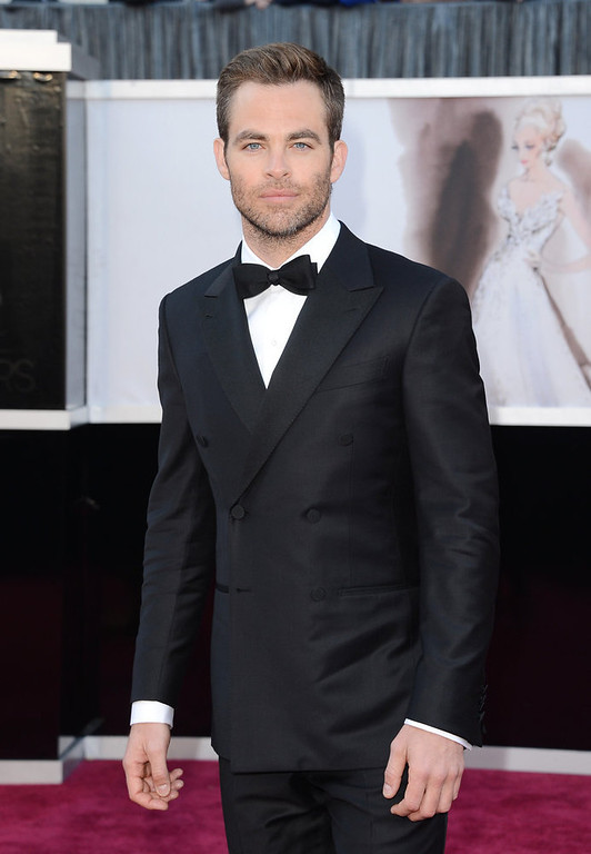 Description of . Actor Chris Pine arrives at the Oscars at Hollywood & Highland Center on February 24, 2013 in Hollywood, California.  (Photo by Jason Merritt/Getty Images)