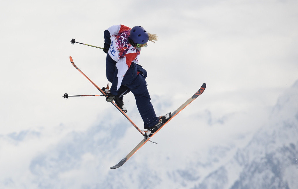 Description of . Great Britain\'s Katie Summerhayes competes in the Women\'s Freestyle Skiing Slopestyle Flower Ceremony at the Rosa Khutor Extreme Park during the Sochi Winter Olympics on February 11, 2014.  AFP PHOTO / FRANCK FIFE/AFP/Getty Images