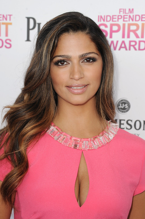 Description of . SANTA MONICA, CA - FEBRUARY 23:  Model Camila Alves attends the 2013 Film Independent Spirit Awards at Santa Monica Beach on February 23, 2013 in Santa Monica, California.  (Photo by Kevin Winter/Getty Images)