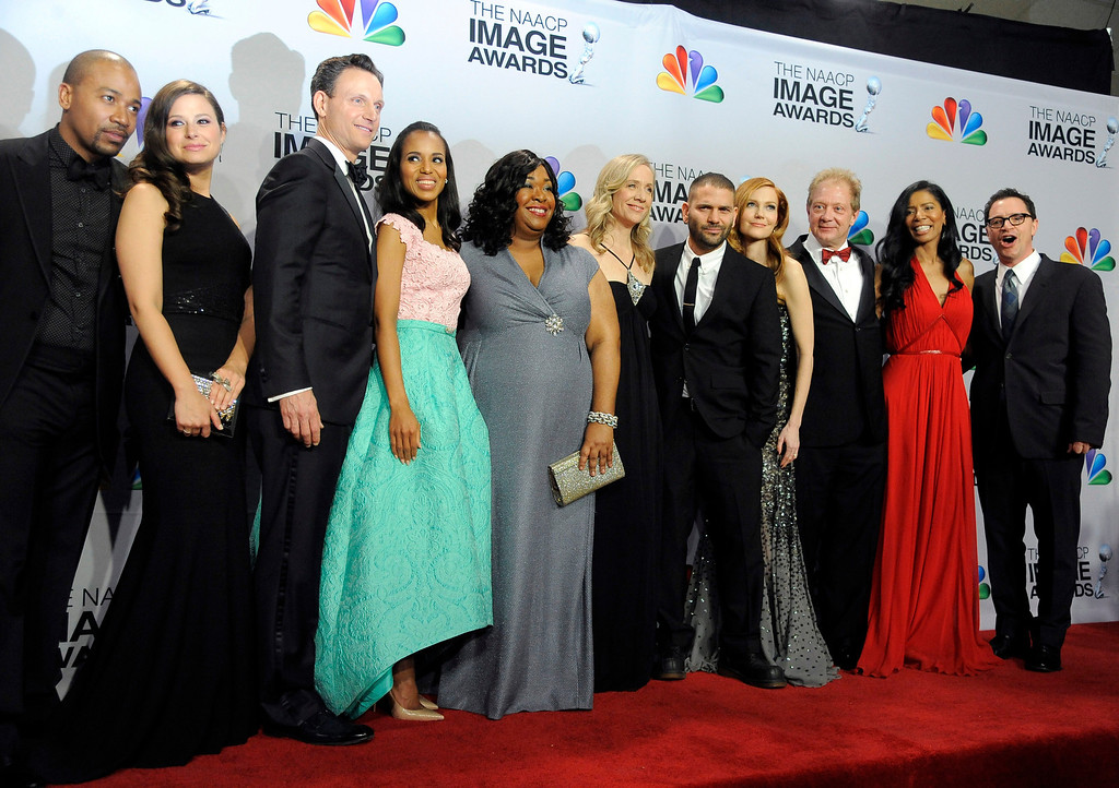"Description of . The cast and crew of ""Scandal\"" pose backstage at the 44th Annual NAACP Image Awards at the Shrine Auditorium in Los Angeles on Friday, Feb. 1, 2013. (Photo by Chris Pizzello/Invision/AP)"