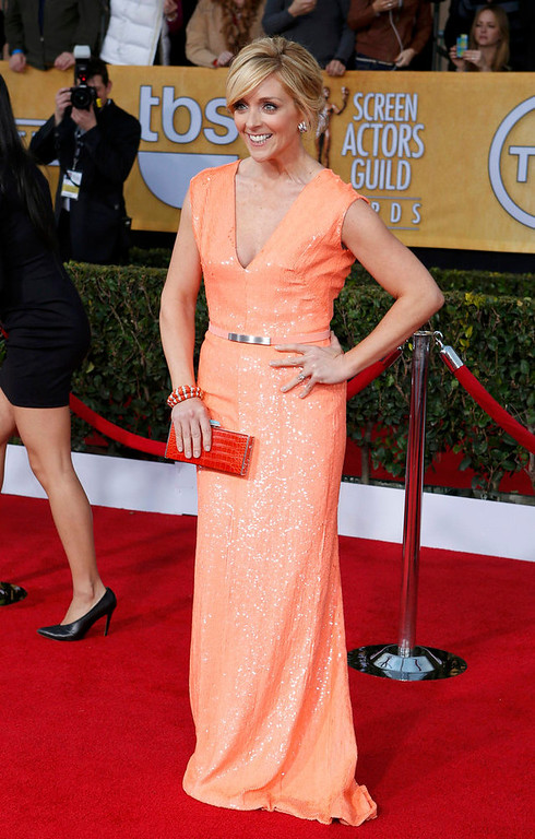 ". Actress Jane Krakowsky of the TV comedy ""30 Rock\"" arrives at the 19th annual Screen Actors Guild Awards in Los Angeles, California January 27, 2013.  REUTERS/Adrees Latif"