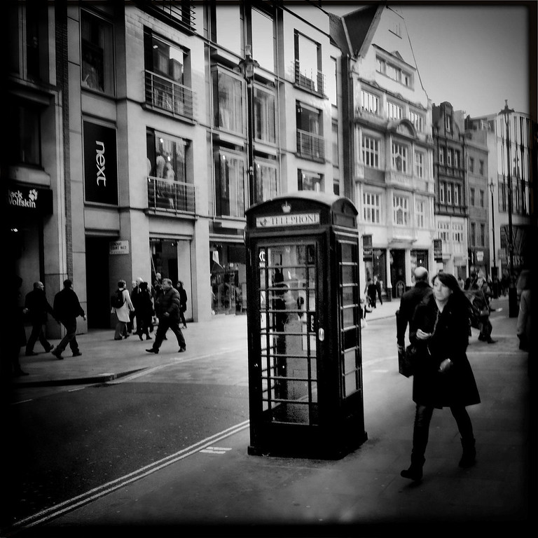 Description of . A general view of Oxford Street on May 1, 2012 in London, England.  (Photo by Vittorio Zunino Celotto/Getty Images)