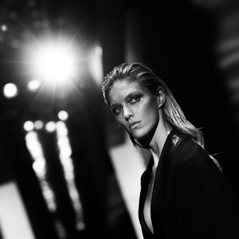 Description of . Model Anja Rubik walks the runway during the Gucci show as a part of Milan Fashion Week Womenswear Spring/Summer 2014 on September 18, 2013 in Milan, Italy. on September 18, 2013 in Milan, Italy.  (Photo by Vittorio Zunino Celotto/Getty Images)