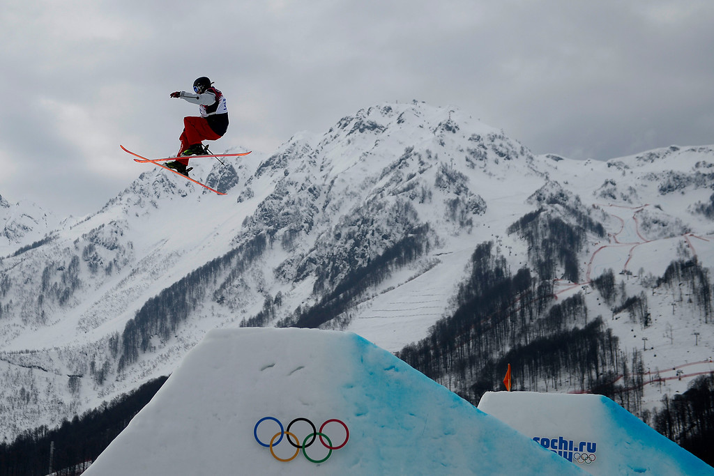 Description of . Devin Logan of the USA competes in the women\'s Freestyle Skiing Slopestyle final in the Rosa Khutor Extreme Park at the Sochi 2014 Olympic Games, Krasnaya Polyana, Russia, 11 February 2014.  EPA/SERGEY ILNITSKY
