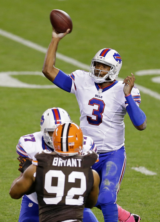 Description of . Buffalo Bills quarterback EJ Manuel (3) passes against the Cleveland Browns in the second quarter of an NFL football game Thursday, Oct. 3, 2013, in Cleveland. (AP Photo/Tony Dejak)